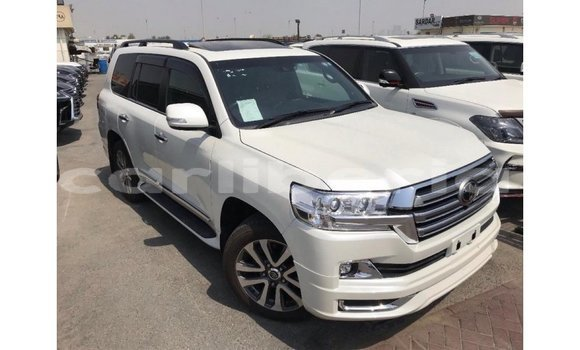 fe7325708a Buy Import Toyota Land Cruiser White Car in Import - Dubai in Bomi County