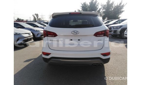 Buy Import Hyundai Santa Fe White Car in Import - Dubai in Bomi County