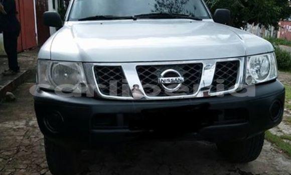 Buy Used Nissan Patrol White Car in Monrovia in Montserrado County