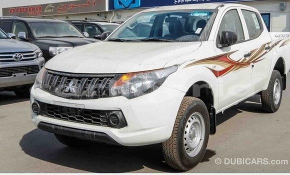 Buy Import Mitsubishi L200 White Car in Import - Dubai in Bomi County