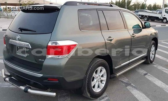 Buy Import Toyota Highlander Green Car in Import - Dubai in Bomi County