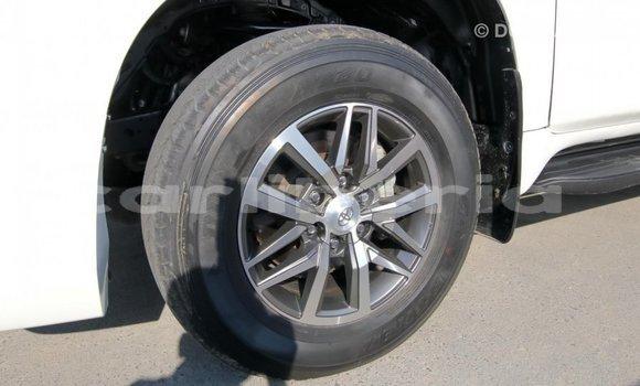 Buy Import Toyota Prado White Car in Import - Dubai in Bomi County