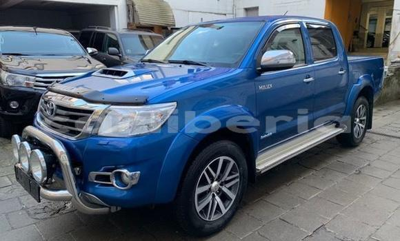 Buy Used Toyota Hilux Blue Car in Monrovia in Montserrado County