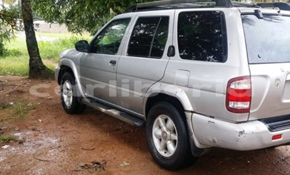 Buy Used Nissan Pathfinder Silver Car in Monrovia in Montserrado County