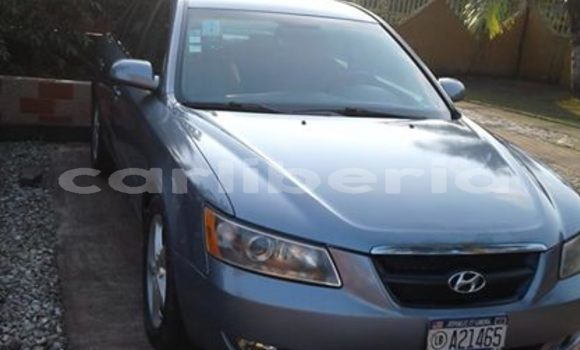 Buy Used Hyundai Sonata Blue Car in Monrovia in Montserrado County