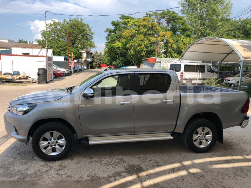 Big with watermark toyota hilux montserrado county bensonville 4323