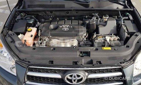 Buy Import Toyota HiAce Green Truck in Import - Dubai in Bomi County