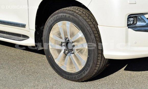 Buy Import Toyota Land Cruiser White Car in Import - Dubai in Bomi County