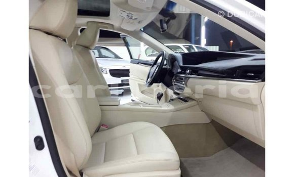 Buy Import Lexus ES White Car in Import - Dubai in Bomi County