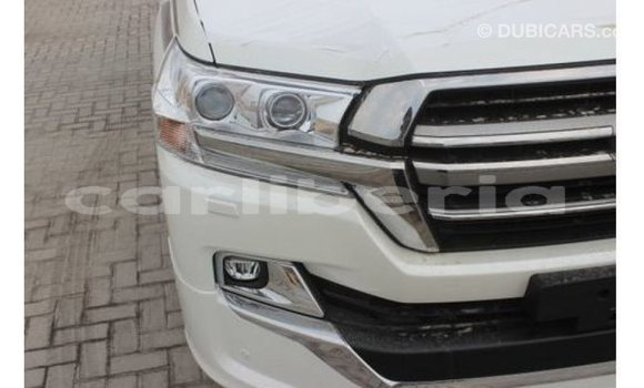 Buy Import Toyota Land Cruiser White Car in Import - Dubai in Bomi County